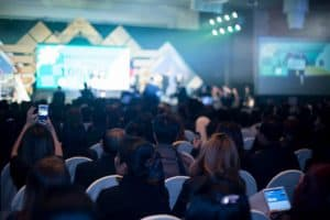 Você deveria mandar sua equipe de segurança para uma conferência de hackers?