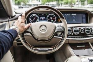 Exploração de Software Automotivo para controle de carros